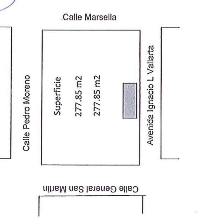 Ubicado sobre calle Marsella entre av Vallarta y Pedro Moreno con el Num 82 se encuentra, terreno plano, limpio y listo para construir, evita gastos y permisos de demolición, gasto en retirar escombro etc, Escrituración inmediata. 5